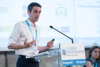 Casto-Cañavate-KNX-1-Ponencia-4-Congreso-Edificios-Inteligentes-2018