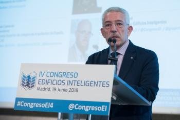 Luis-Vega-Ministerio-Fomento-2-Inauguracion-4-Congreso-Edificios-Inteligentes-2018