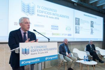 Luis-Vega-Ministerio-Fomento-4-Inauguracion-4-Congreso-Edificios-Inteligentes-2018