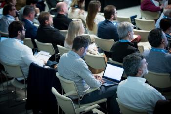Publico-Auditorio-2-4-Congreso-Edificios-Inteligentes-2018