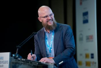 Stefan-Junestrand-Grupo-Tecma-Red-1-Mesa-Redonda-4-Congreso-Edificios-Inteligentes-2018