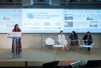 Alicia-Huerga-Conaif-3-Ponencia-4-Congreso-Edificios-Inteligentes-2018