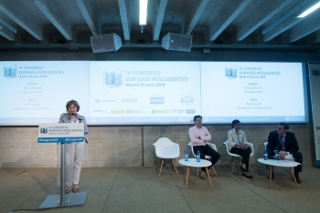 Blanca-Gomez-CNI-2-Ponencia-4-Congreso-Ciudades-Inteligentes-2018