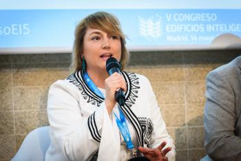 Carmen-Chicharro-Metrovacesa-Mesa-Redonda-1-5-Congreso-Edificios-Inteligentes-2019