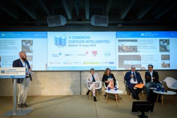 Francisco-Gil-Administrapolis-Mesa Redonda-2-5-Congreso-Edificios-Inteligentes-2019
