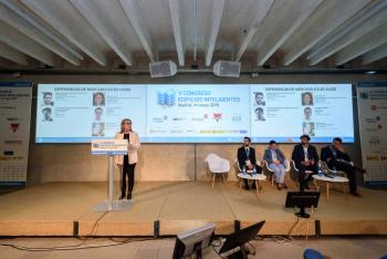 Ines-Leal-Grupo-Tecma-Red-Modera-Experiencia-Mercado-Patrocinadores-1-5-Congreso-Edificios-Inteligentes-2019