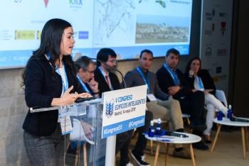Olivia-Florencias-Universidad-Cadiz-2-Ponencia-5-Congreso-Edificios-Inteligentes-2019