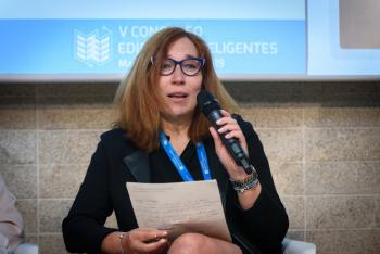 Raquel-Cruz-Ifma-Mesa Redonda-2-5-Congreso-Edificios-Inteligentes-2019