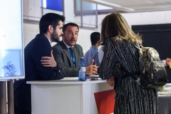 Stands-9-Comida-Networking-5-Congreso-Edificios-Inteligentes-2019