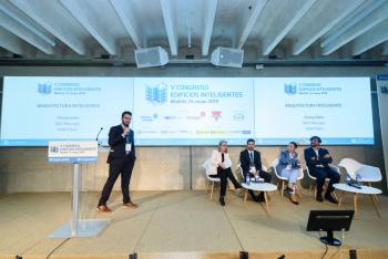 Vicenc-Salas-Robotbas-Experiencia-Mercado-Patrocinadores-1-5-Congreso-Edificios-Inteligentes-2019