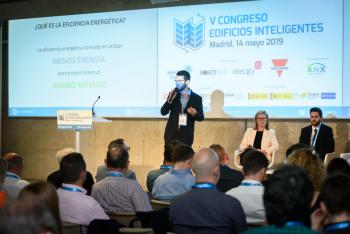 Vicenc-Salas-Robotbas-Experiencia-Mercado-Patrocinadores-4-5-Congreso-Edificios-Inteligentes-2019