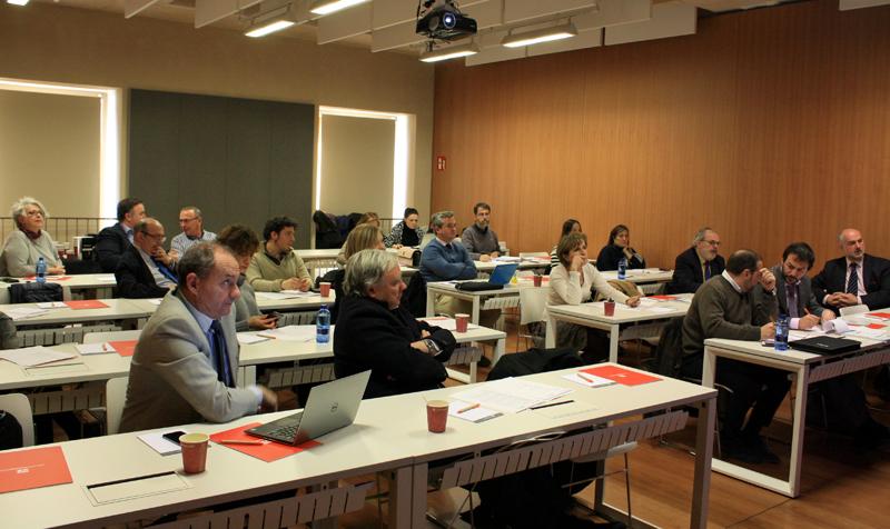 Sesiónde trabajo de la primera reunión del Comité Técnico del IV Congreso Edificios Inteligentes
